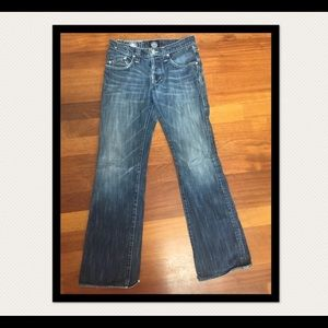 Rock & Republic boot cut jeans. Size 30. EUC.